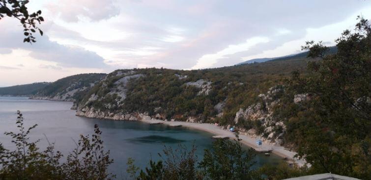 Kačjak Beach